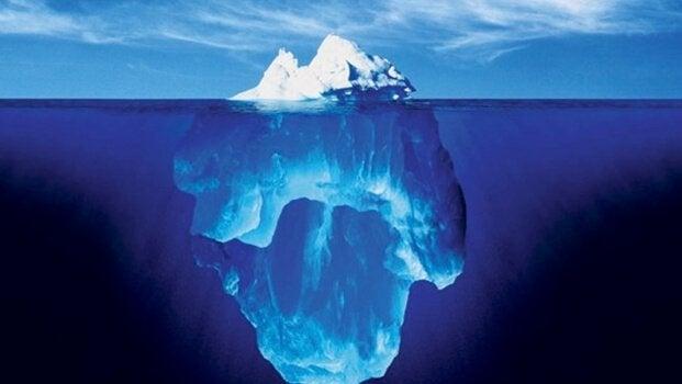 Iceberg representando a teoria do inconsciente