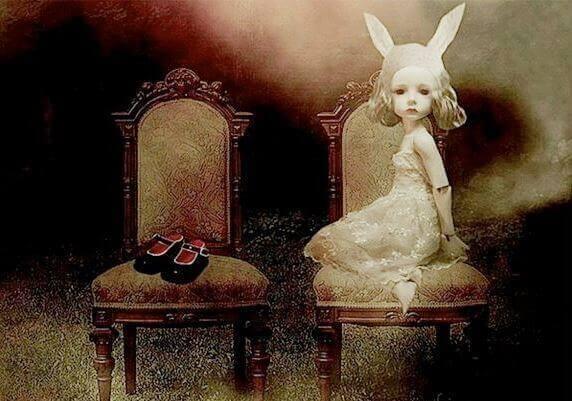 Menina com orelhas de coelho