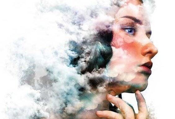 Mulher pensando em como lidar com suas emoções