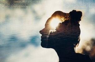 Pessoas altamente intuitivas: 5 coisas que elas fazem de forma diferente