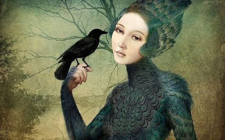 Mulher com corvo representando comportamento passivo-agressivo