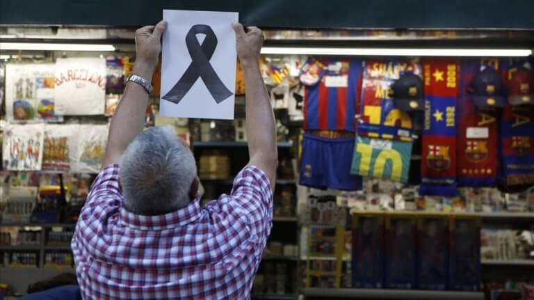 Sinal de luto após atentado terrorista