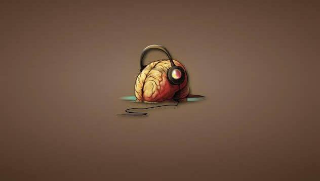 Cérebro humano ouvindo música