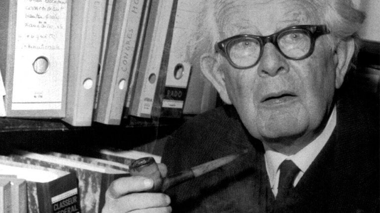A aventura de conhecer o desenvolvimento cognitivo infantil através dos olhos de Piaget