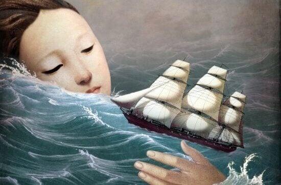 Mulher observando barco em mar agitado