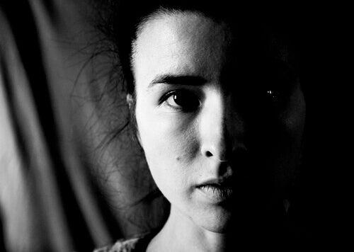 """Heminegligência: como metade do nosso corpo deixa de """"existir"""""""