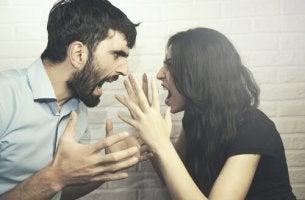 Luta pelo poder no relacionamento