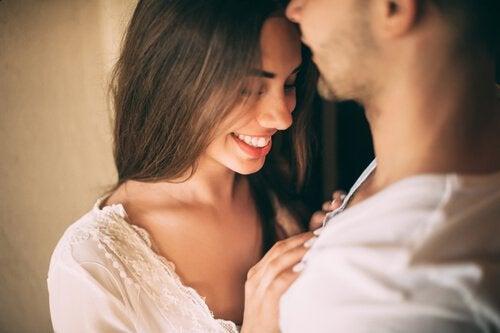Desenha-se do plácido dos teus olhos aquele nosso belo amor