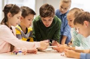 educação revolucionária