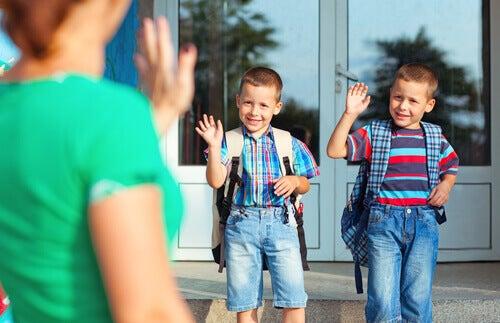O primeiro dia de aula dos filhos