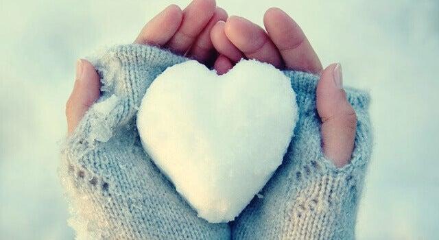 Corações de gelo: pessoas com problemas para expressar sentimentos