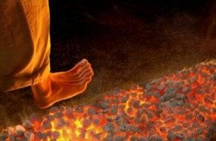Firewalking: uma técnica de motivação nova e perigosa