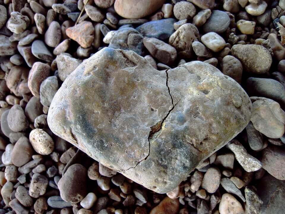 Pedra rachada