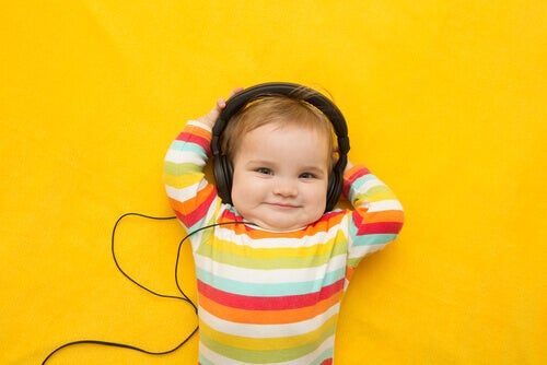 A música torna as crianças mais inteligentes?