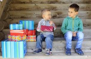 Ciúmes entre irmãos: como lidar com isso?