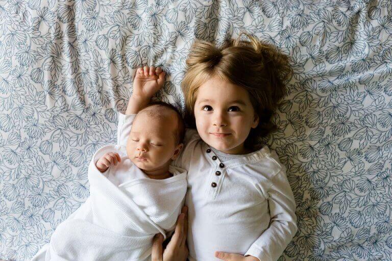 Irmãos pequenos