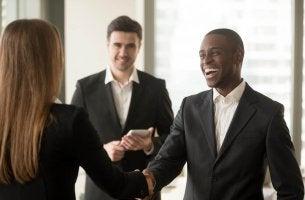 Pessoas diplomáticas: 5 traços que os caracterizam
