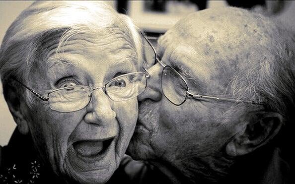 5 dicas para envelhecer feliz