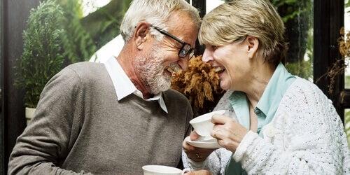 O que influencia o bem-estar dos idosos?