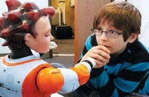 A incrível interação entre robôs e crianças com autismo