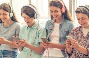 Geração smartphone: 5 características preocupantes