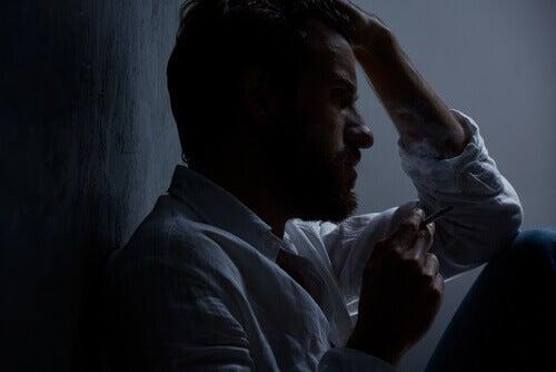 Homem com transtorno ciclotímico