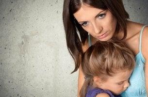A preocupação obsessiva de manter as crianças em segurança