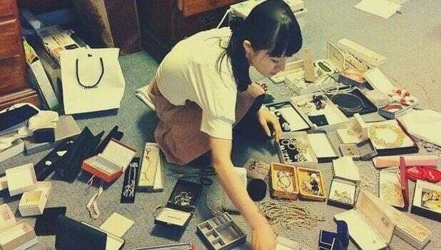Método Marie Kondo para organizar a casa