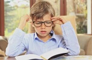 Como incentivar meu filho a fazer as tarefas escolares?