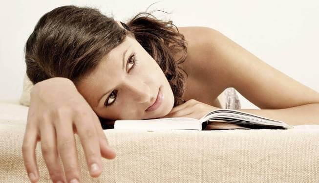 Mulher com déficit de atenção