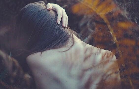 Sinais que indicam problemas emocionais em nosso corpo