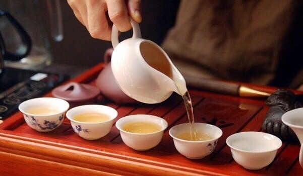 A cerimônia do chá e a meditação consciente