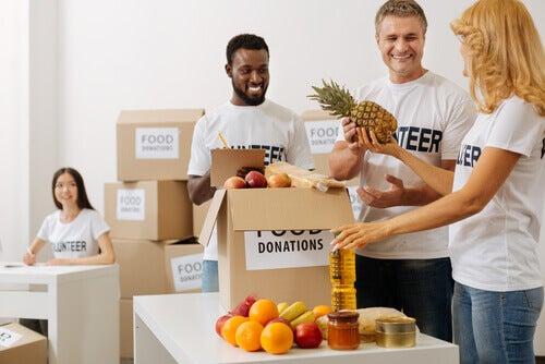 Filantropia não é sinônimo de caridade