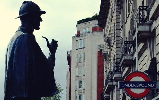 Estátua de Sherlock Homes