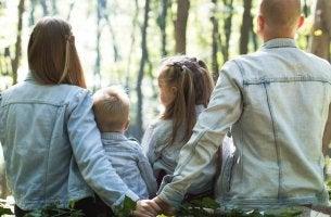 Como o clima familiar influencia a educação das crianças?