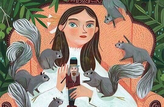 Menina segurando boneco com esquilos em volta