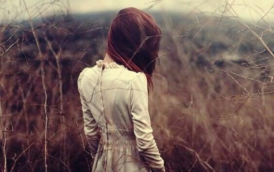 Segredos sobre a timidez: entre a profundidade psicológica e o isolamento
