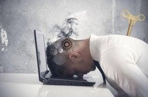Você está esgotado no trabalho?