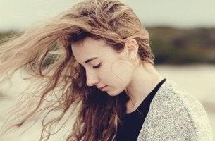 É bom sofrer sem que ninguém perceba?