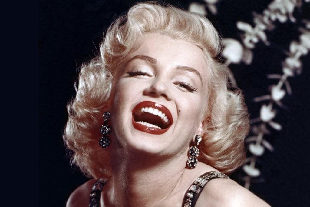 Marilyn Monroe rindo