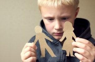 Quando os pais usam a culpa para educar