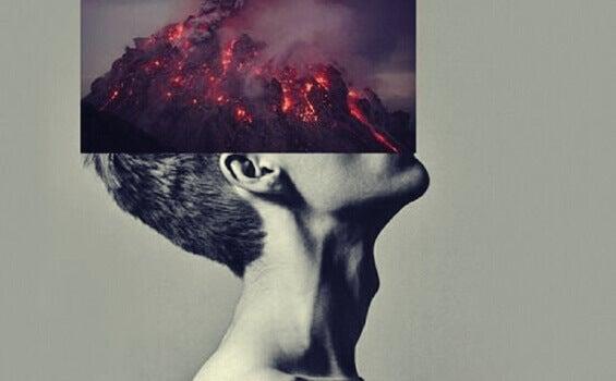Homem com vulcão sobre a cabeça