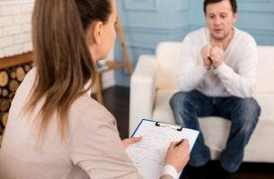 Diferenças entre um psiquiatra e um psicólogo clínico