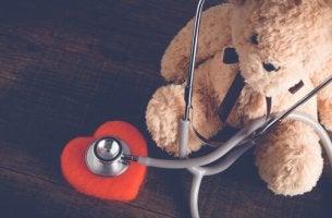 Conceder desejos beneficia as crianças hospitalizadas?