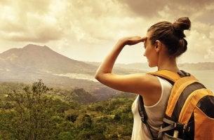 Viajar sozinha é marcar um encontro profundo com você mesmo