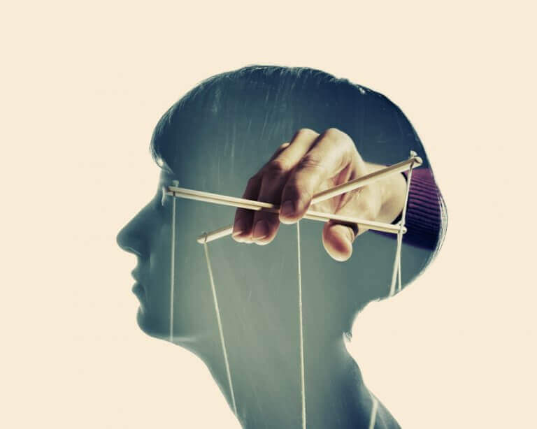 Manipular a mente