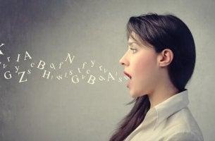 O que o nosso tom de voz comunica?