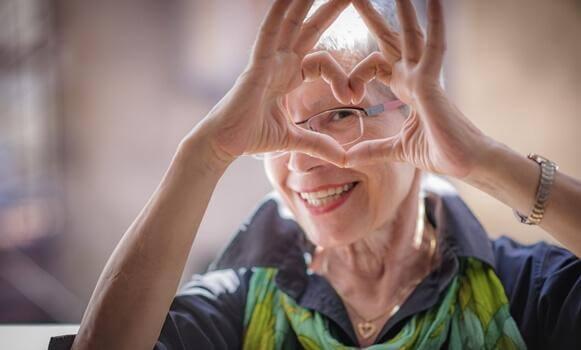 Envelhecer com saúde está em nossas mãos