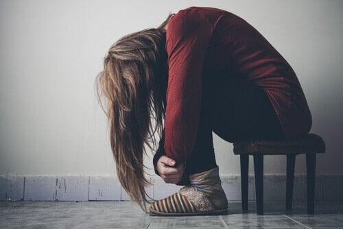 Adolescente vitima da droga