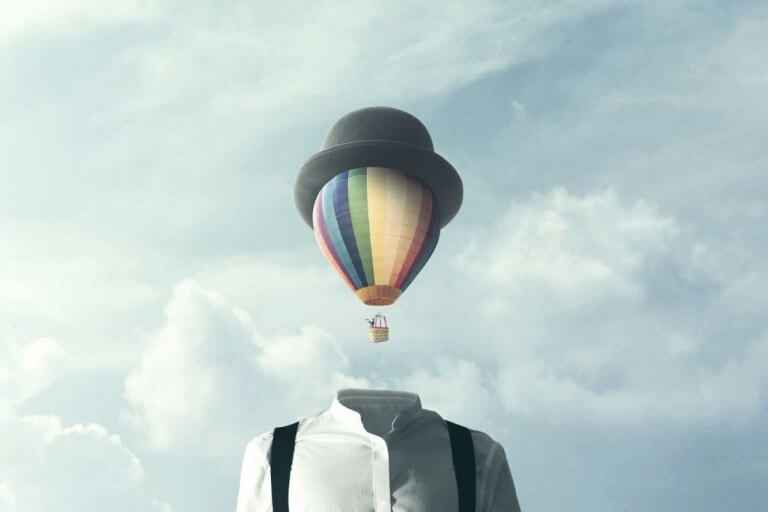 Balão no lugar da cabeça de um homem